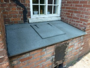 New top with delivery hatch put onto coal bunker